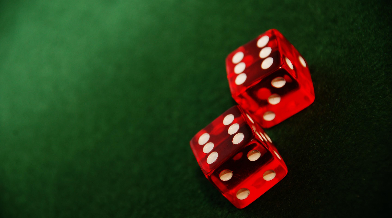 Casino en ligne : des concurrents redoutables pour les casinos terrestres